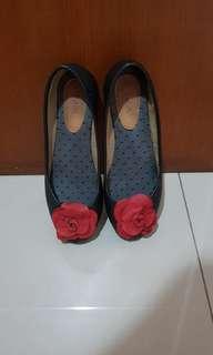 Pla rose flats