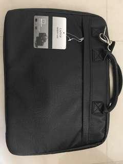 17吋 電腦袋 2色 啡或黑 手挽袋 實用袋 laptop briefcase