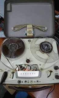 "Open reel tape recorder ""GENERAL"""