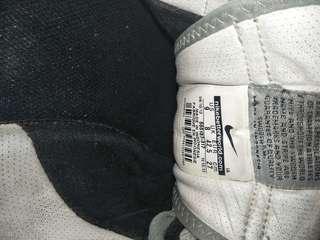 Jual sneaker Nike Original (BEKAS)