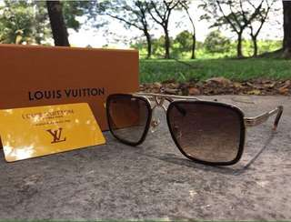 "LV ""District"" Sunglasses"