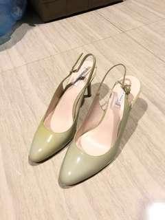 COLE HAAN Pump Heels