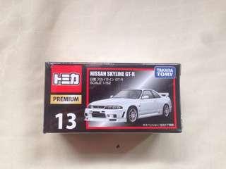 Tomica Premium Nissan skyline GT-R