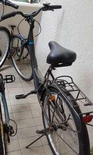 Decathalon ladies cycle/bike