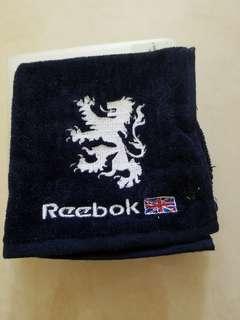 Reebok四方毛巾