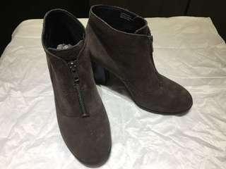 正品BORN麂皮踝靴