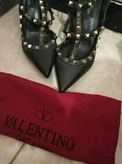 Valentino (38)