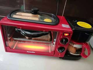 Multi purpose breakfast maker