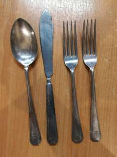 Old Singapore Ming Court Hitel fork x2, butter knife n spoon by Mappin & Webb