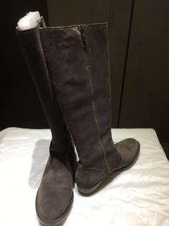 正品BORN麂皮長筒靴