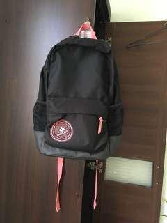 🚚 Adidas  愛迪達 背包 揹包 後背包 書包 大容量 粉紅色