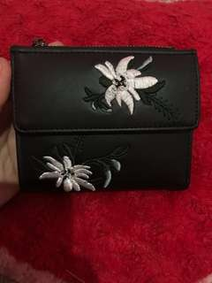 Dompet / wallet stradivarius look alike