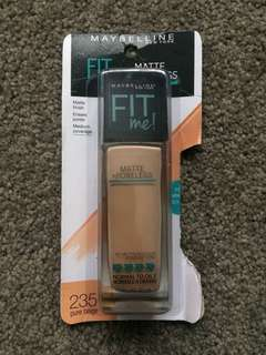 235 PURE BEIGE Maybelline Fit Me Foundation