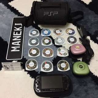 Preloved PSP with 14 UMD games and Bag