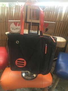 Branded and unbranded bags from USA