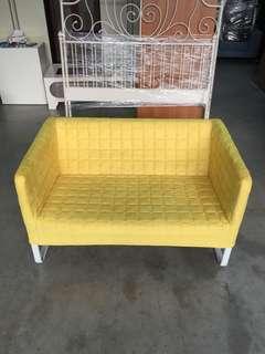 lKEA黃色絨布二人座沙發