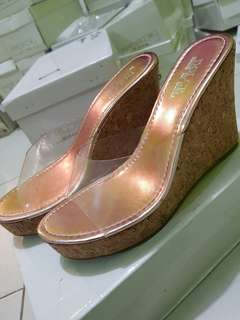 Shoes size 38 gold wedges