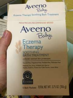 Aveeno Baby Eczema Therapy Soothing Bath