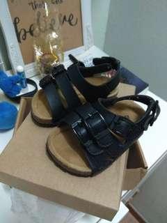 Treehouse sandal