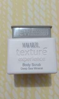 Makarizo Body Scrub