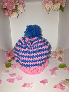 Small pink beanie / hats for baby girl (Handmade/ knitted)