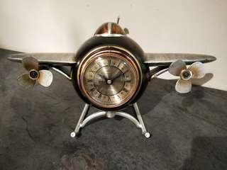 Airplane Clock