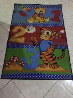 Karpet karakter