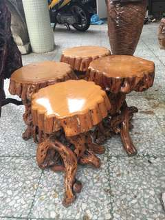 根雕木凳一个