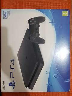 Playstation 4 sli. 500GB package