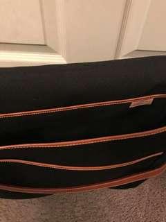 Preloved Dooney&Bourke Messenger Bag