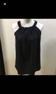 30% OFF CLEARANCE SALES {Women's Fashion - Blouse} Pre-loved HOLLYHOQUE Brand Black Crop Top Blouse