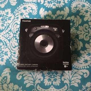 Fujifilm InstaX Square SQ10 Black with Free Film
