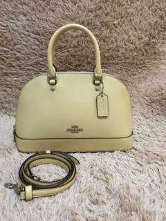Coach sierra pastel yellow