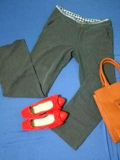 Gray slacks (straight cut)