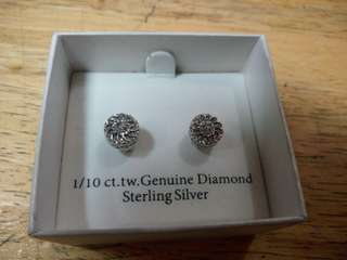 Silver and diamond earings