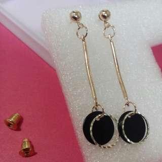 Simple elegant earrings