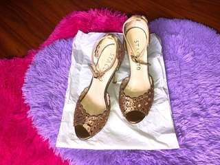 CMG Staccato Golden brown sandals