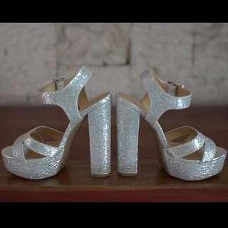 Chinese Laundry Allspice Silver Platform Heels