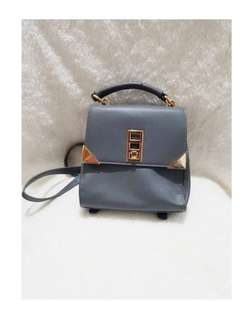 Something borrowed 2 way bag: Can be used as a Satchel or a backpack