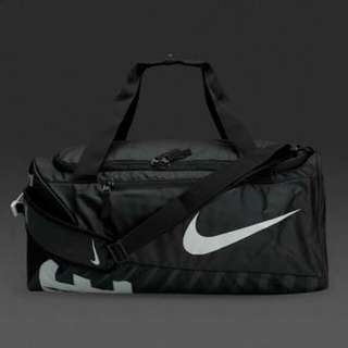 Nike alpha alpha adopt crossbody bag 52liters medium