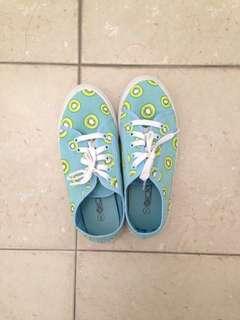 Kiwi Sneakers