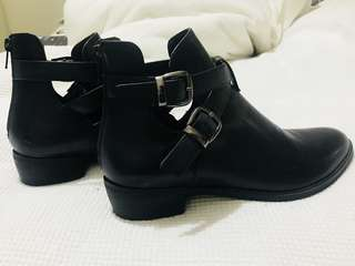 Basement HQ Ankle Boots