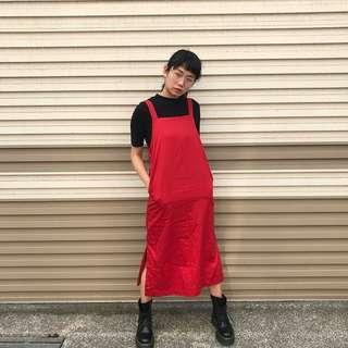 Bkk設計款 小紅帽的吊帶裙
