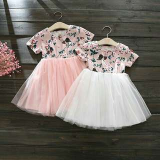 *FREE DELIVERY to WM only / Ready stock* Kids short sleeves dress each as shown in design/color. Free delivery is applied for this item.