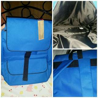 Brandnew school bag