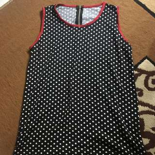 polka dots red top sleevelss
