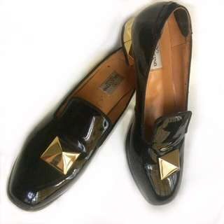SALE!!! Authentic Valentino Rockstud Patent Leather Slippers