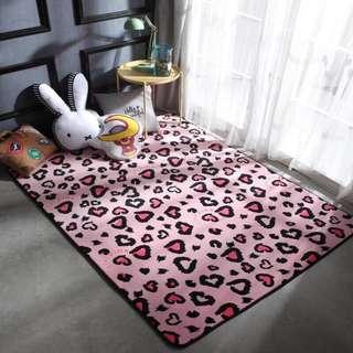190x190 carpet