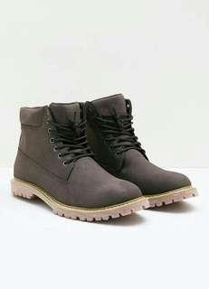 Men Alaskan Boots Coffee