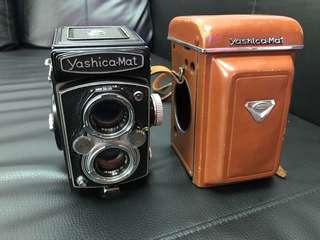 🚚 美機釋出 Yashica-mat MVX 腰平相機 TLR  喜歡 Rolleiflex 可參考